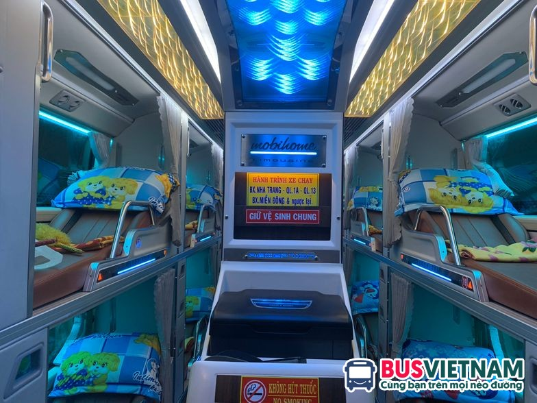 Xe Quang Hạnh limousine 32 giường